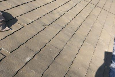 白岡市小久喜で屋根の葺き替え工事を施工しました。