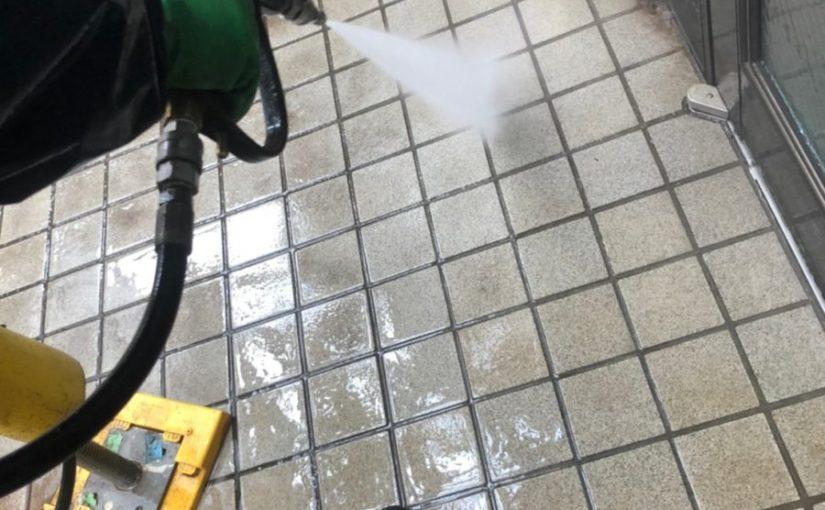 埼玉県春日部市 屋根カバー工法・外壁塗装 屋根カバー工法とは 足場設置~高圧洗浄 (1)