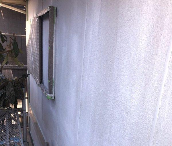 埼玉県春日部市 屋根カバー工法・外壁塗装 3度塗り仕上げ 下塗りの目的とは (1)