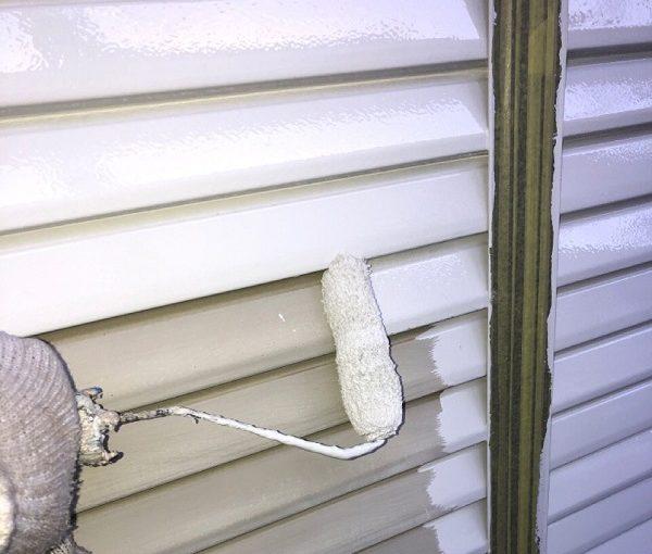 埼玉県春日部市 M様邸 屋根カバー工法・外壁塗装・付帯部塗装 雨戸の塗装 目荒らし(目粗し)とは (3)