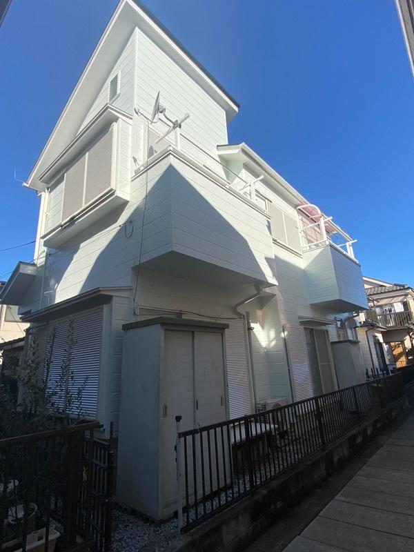 越谷市のS様邸にて、屋根塗装、外壁塗装、防水工事、付帯部塗装を行いました!1 (2)