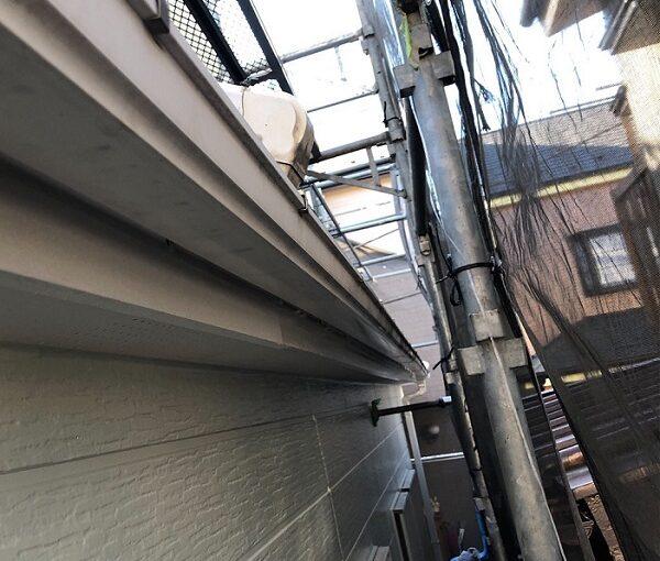 埼玉県越谷市 S様邸 外壁塗装・屋根塗装・付帯部塗装 鼻隠し・破風板塗装 付帯部を塗装する理由とは (5)