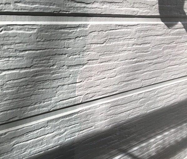 埼玉県越谷市 S様邸 外壁塗装・屋根塗装・付帯部塗装 3度塗りとは 下塗りの役割 (2)