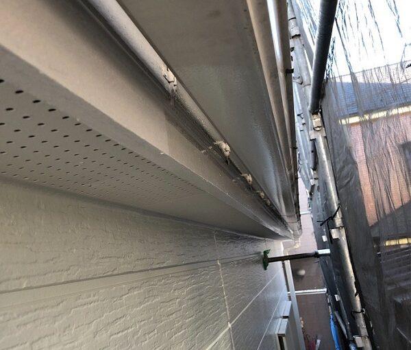 埼玉県越谷市 S様邸 外壁塗装・屋根塗装・付帯部塗装 鼻隠し・破風板塗装 付帯部を塗装する理由とは (6)