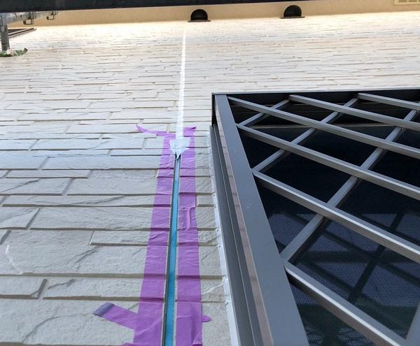 埼玉県上尾市 M様邸 外壁塗装 屋根塗装 シーリング(コーキング)工事 ボードの継ぎ目 棟板金の釘の補強 (12)