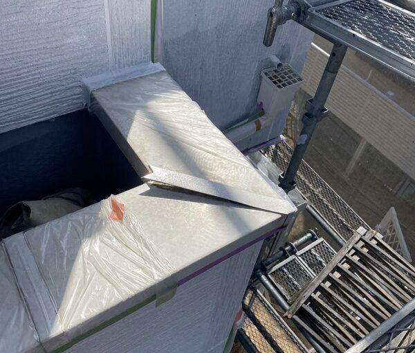 埼玉県久喜市 屋根工事 施工前の状態 火災保険を使った修繕工事 笠木の浮き (3)