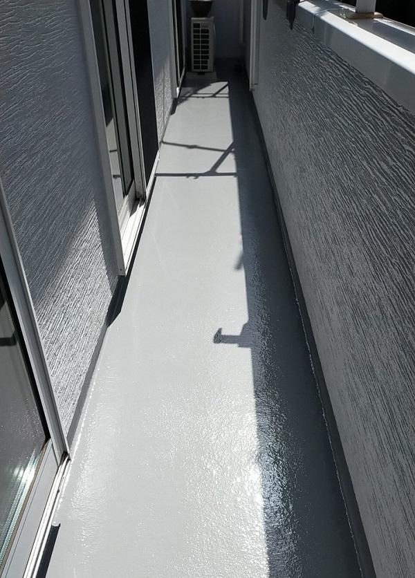埼玉県久喜市 H様邸 屋根塗装・外壁塗装・付帯部塗装 ベランダ防水 トップコート塗装 (5)
