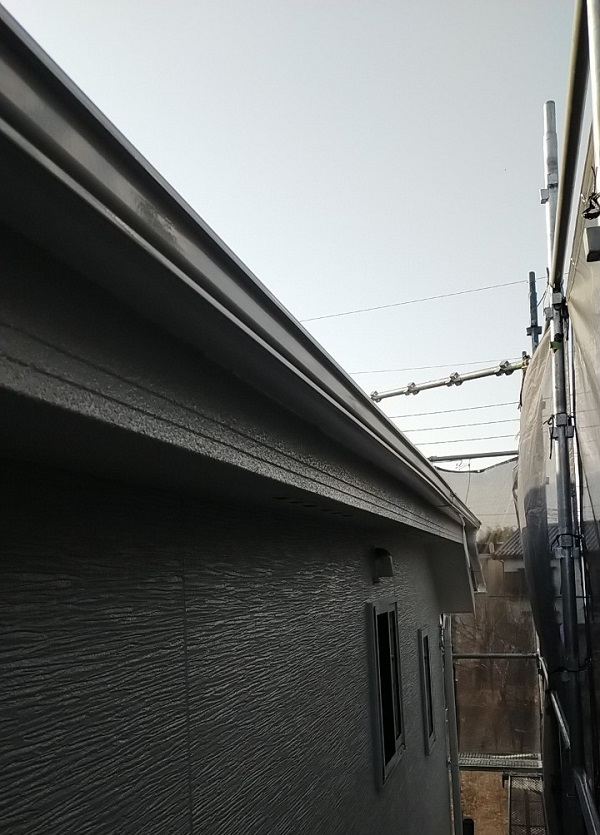 埼玉県久喜市 H様邸 屋根塗装・外壁塗装・付帯部塗装 水切り、雨樋塗装 (11)