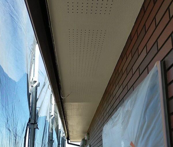 茨城県古河市 Y様邸 外壁塗装・付帯部塗装 軒天塗装 軒天の色 (9)