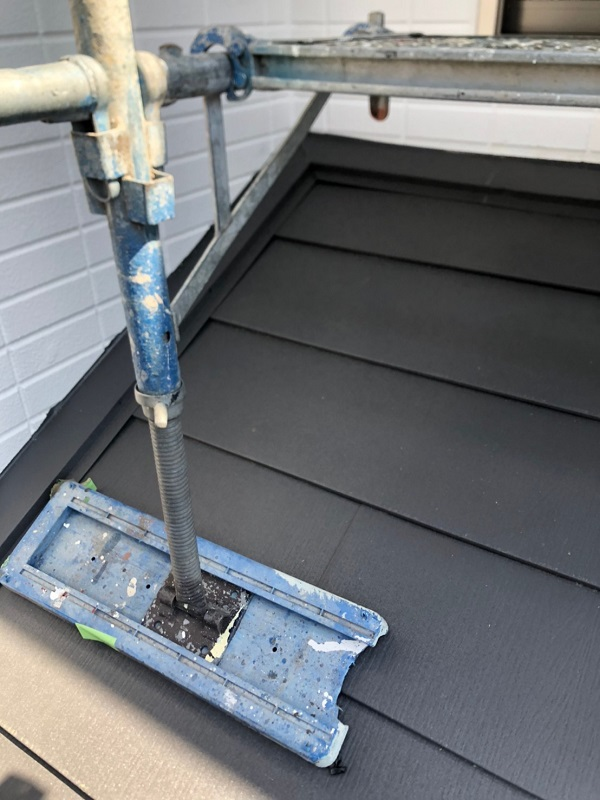千葉県市川市 屋根葺き替え工事 防水シート(ルーフィング)張り 屋根材設置 ガルバリウム鋼板 (7)