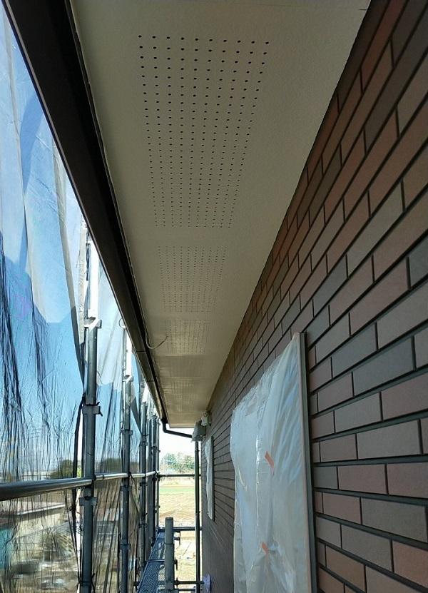 茨城県古河市 Y様邸 外壁塗装・付帯部塗装 軒天塗装 軒天の色 (8)