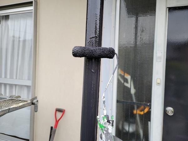 埼玉県北葛飾郡杉戸町 F様邸 屋根塗装・付帯部塗装 玄関ドア、ドア廻り、玄関柱塗装 (5)