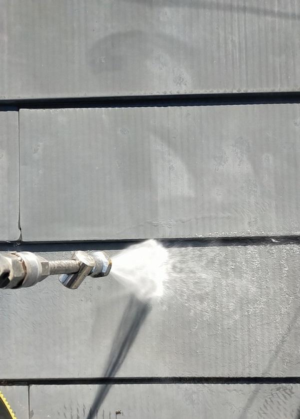 埼玉県白岡市 O様邸 屋根塗装 下地処理 高圧洗浄 (1)