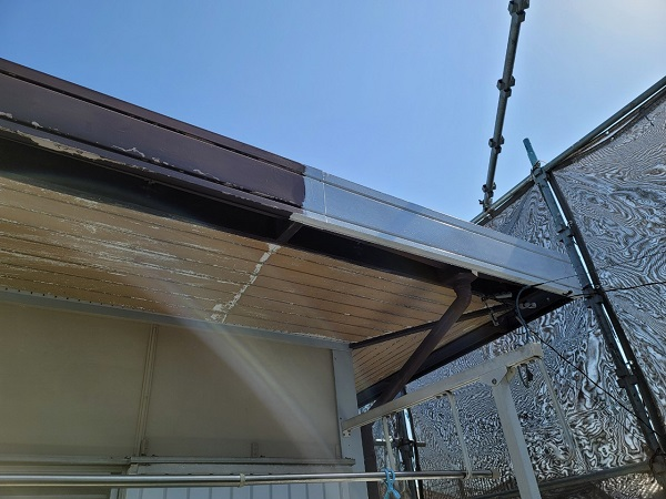 埼玉県北葛飾郡杉戸町 F様邸 屋根塗装・付帯部塗装 破風 (4)