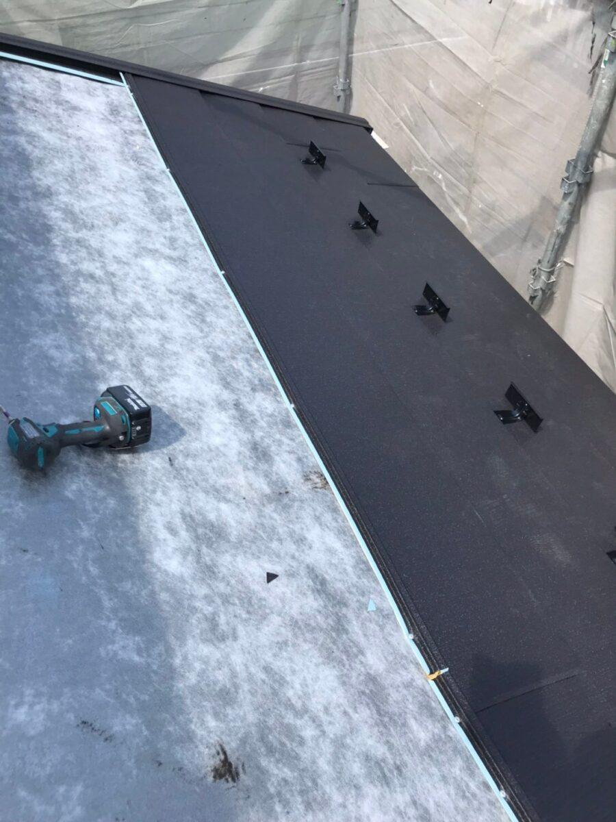 屋根本体工事の画像